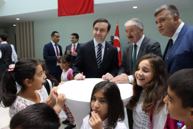 თურქული სკოლის გახსნის ცერემონია ბათუმში. ფოტო: თურქეთის საკონსულო ბათუმში