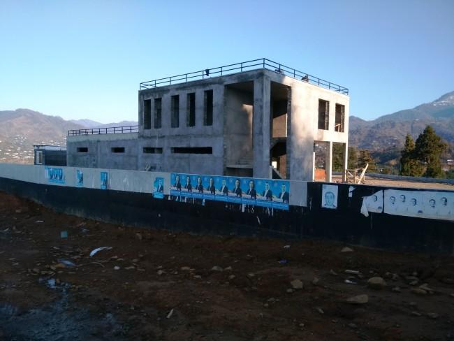 ბათუმის ახალი სასაფლაო / მშენებარე ადმინისტრაციული შენობა