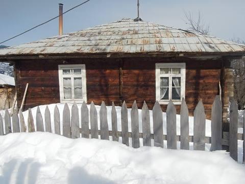 თოვლის სიმაღლე თაგოში ახლა ერთ მეტრამდე აღწევს