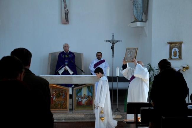 წმიდა წირვა ბათუმის სულიწმინდის სახელობის კათოლიკურ ეკლესიაში