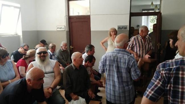 უსინათლოები თავიანთი უფლებების დაცვას მოითხოვენ