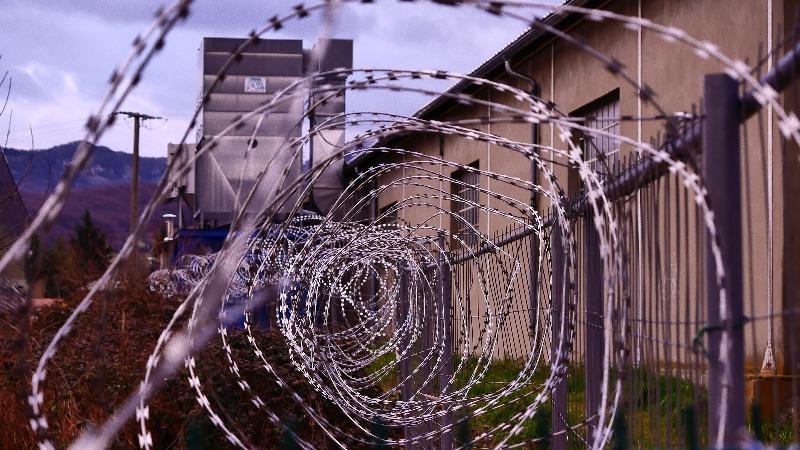 როცა მუსლიმი პატიმარი ხარ და მარხვაში დღისით გაწვდიან საჭმელს – დისკრიმინაცია ციხეში
