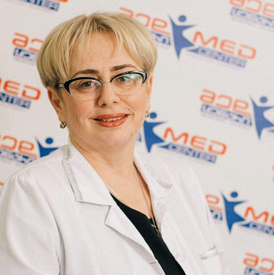 """""""მედცენტრის"""" კლინიკურ დირექტორი მედეა ქაჯაია"""
