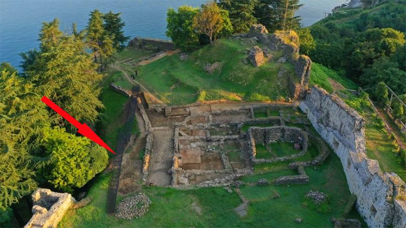 На территории византийской крепости Петра установят пешеходный мост