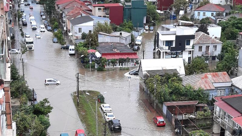 Последствия проливных дождей в Батуми [ФОТО]