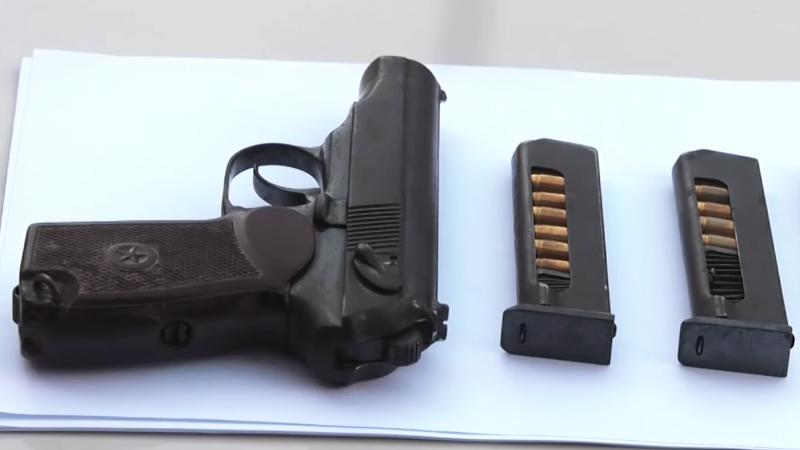 პოლიციამ ბათუმსა და ადიგენში უკანონო ცეცხლსასროლი იარაღი ამოიღო