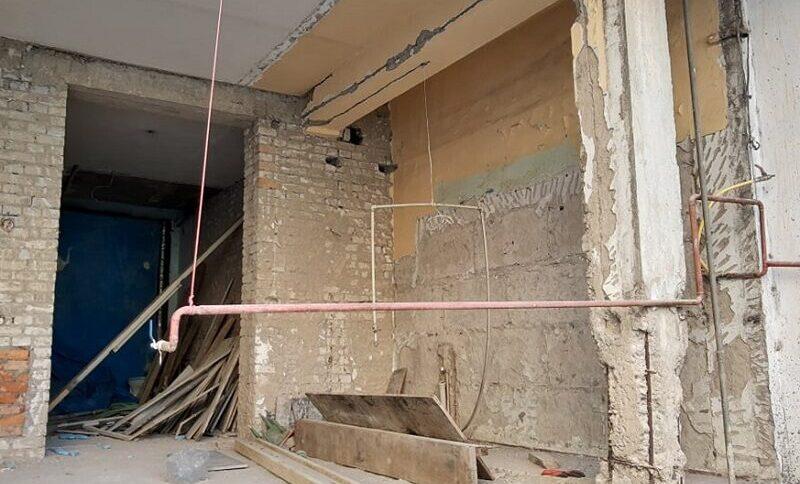 კიდევ 2 დაზიანებული მზიდი კედელი ბათუმში ჩამონგრეული სადარბაზოს მეზობლად